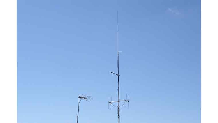 仁科峠で使用したアンテナ群の画像